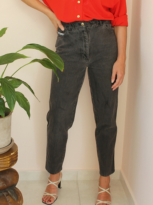 """Vintage High Waisted Mom Jeans in Gray, W26"""" / L30"""""""