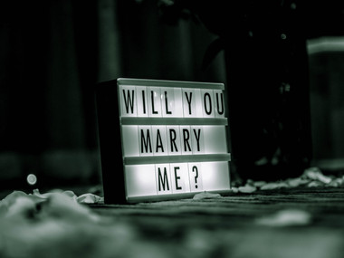 5 ways to propose during the festive period