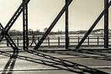 Andreas Krenn - Linzer Eisenbahnbrücke und Walter Blumberger - 40+1 Fotografien von Athos