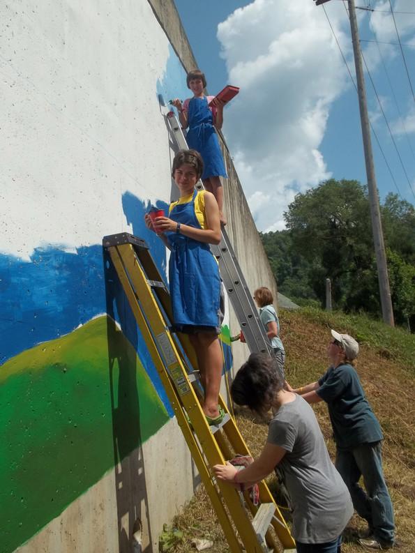 murals underpass.JPG