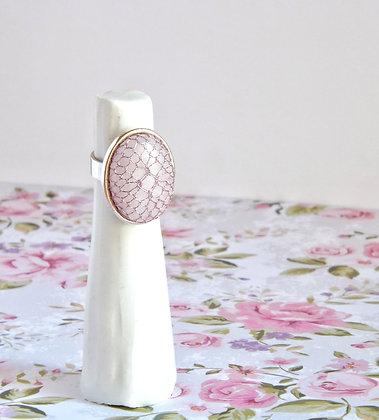 Anillo diseño plata con cuarzo rosa y encaje Halas