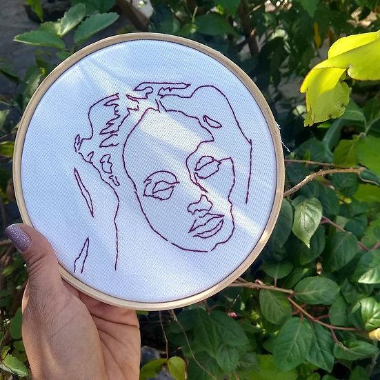 Quadro Bordado Adele