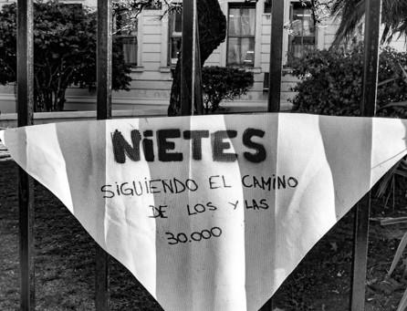Aguas de marzo / Vicente Zito Lema