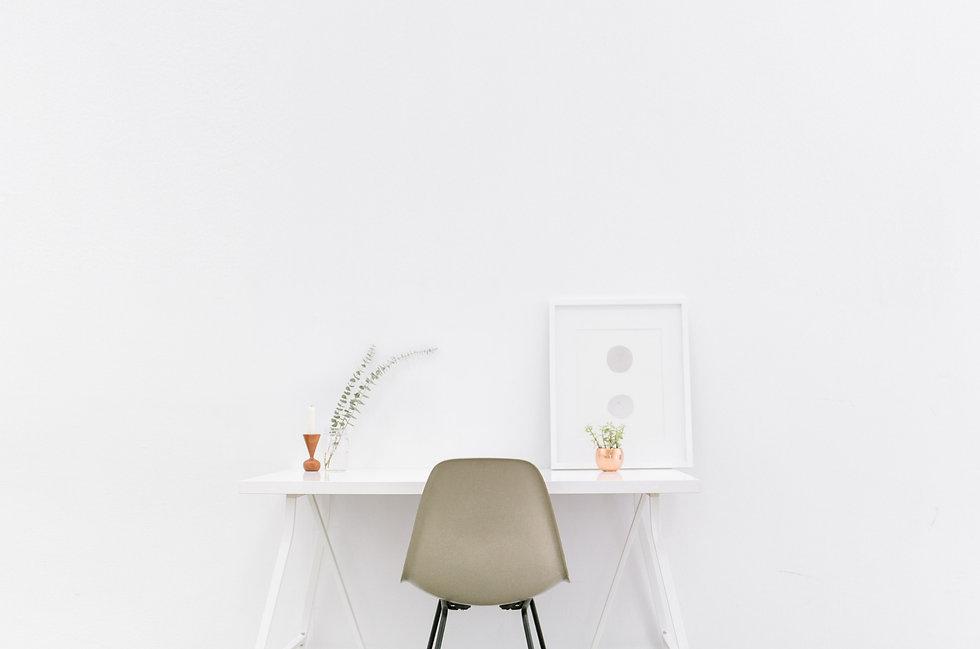 Minimalist white table_edited.jpg
