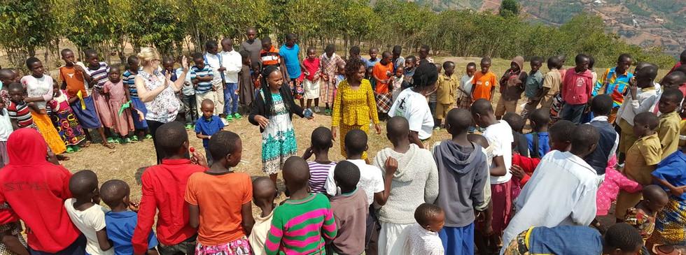 rwanda-chilren_orig.jpg