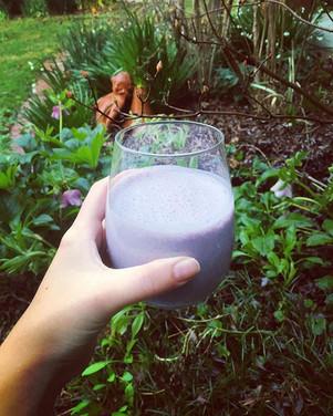 CHAI infused BLUEBERRY maple oat S M O O T H I E