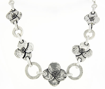 Pensee Necklace