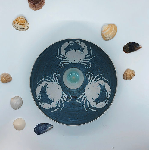 Coastal Hand Crafted Pottery Crab Collection Medium Bowl