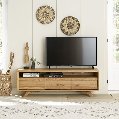 Cadell Rustic Oak Entertainment Unit With 3 Drawers