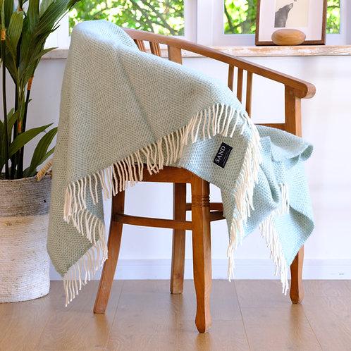 Beehive Ocean Pure New Wool Sand Blanket
