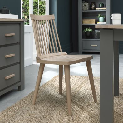 Oakham llva Scandi Oak Spindle Chair (Pair)