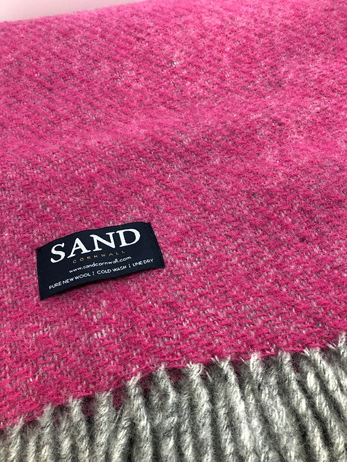 Boa Pink Pure New Wool Blanket