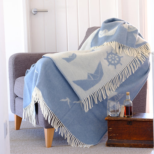 Seagull Double Sided Wool Blanket with Reversed Out Design