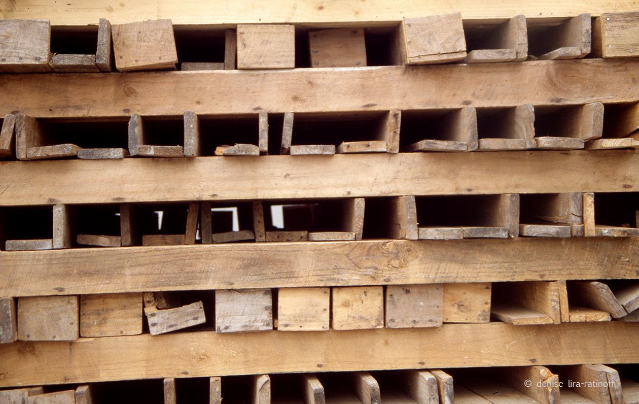 03_denise_lira_ratinoff_cuadricula_madera_02