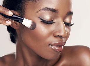 peau-noire-maquillage-des-yeux.jpg