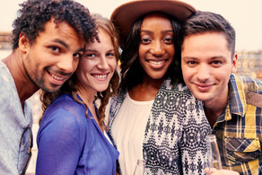 multi-ethnic-millenial-group-of-friends-