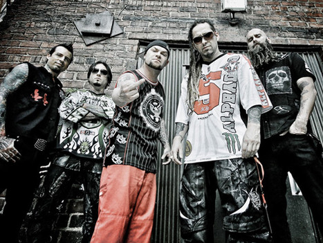 INTERVIEW: Chris Kael (FIVE FINGER DEATH PUNCH)