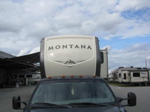 2017-keystone-montana-3720rl-002jpg