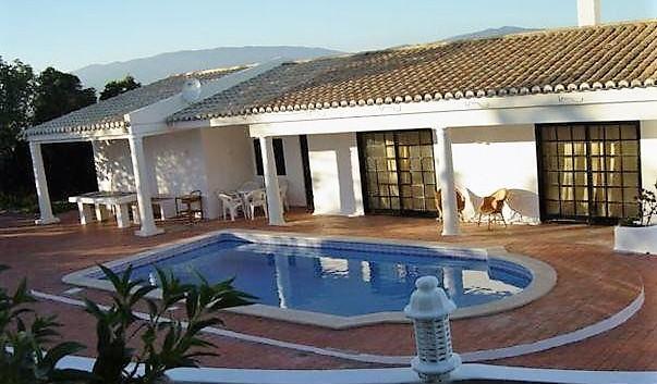 Algarve2_page6_image2.jpg