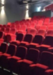la_salle_théâtre_des_2_mondes.jpg