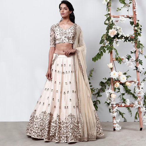 Cream Raw Silk Lehenga with Zari Work