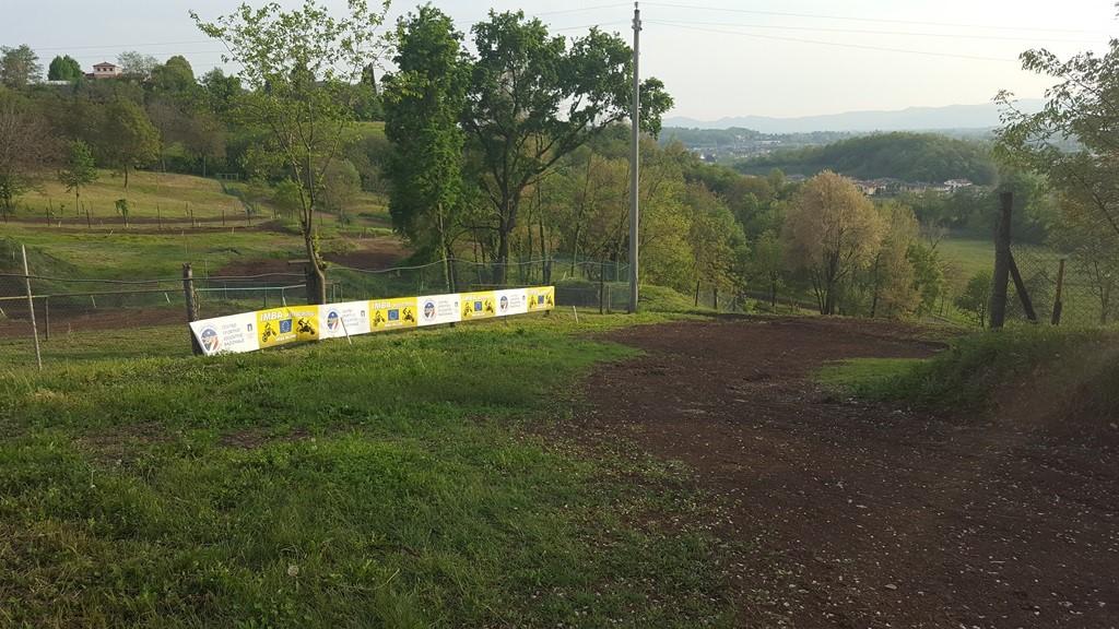 Foto pista motocross Fara3