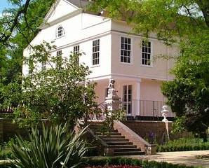 Lauderdale House