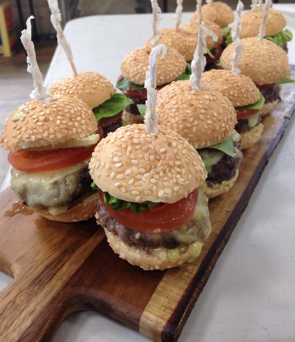 Mini Aberdeen Angus burgers.png