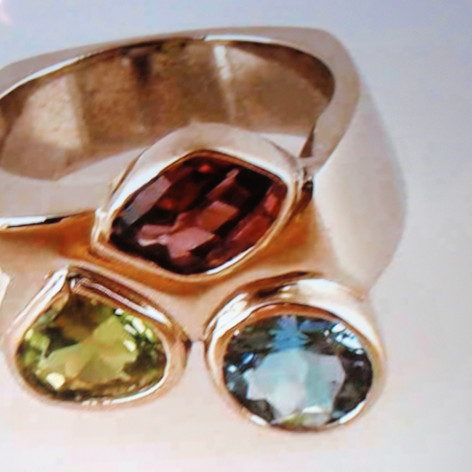 three stone mother's ring