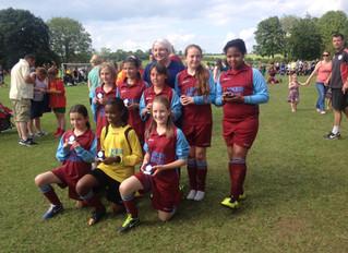 (2013-14) U11 Girls - runners-up in Charlbury Tournament