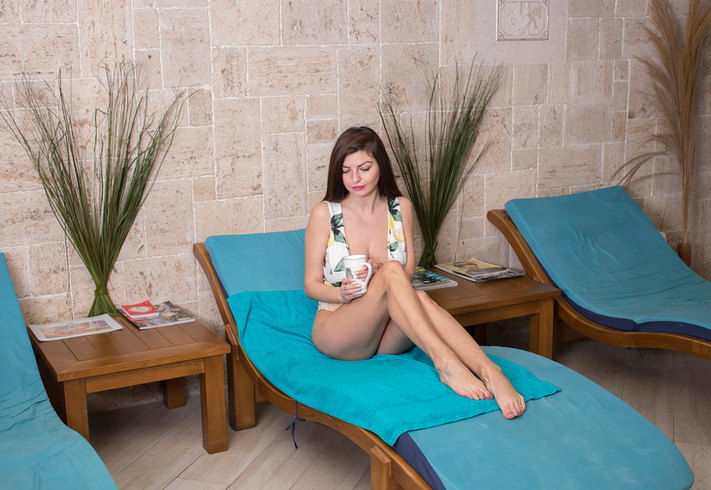 YONI SPA relax area