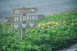 This way to wedding