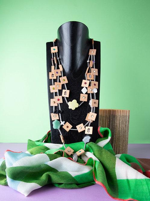 Collana legno, pietre dure e metallo /Delfino Ferrari