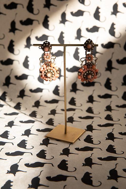 Orecchini a clip corallo rosa, perle / Paris Bijoux Vintage