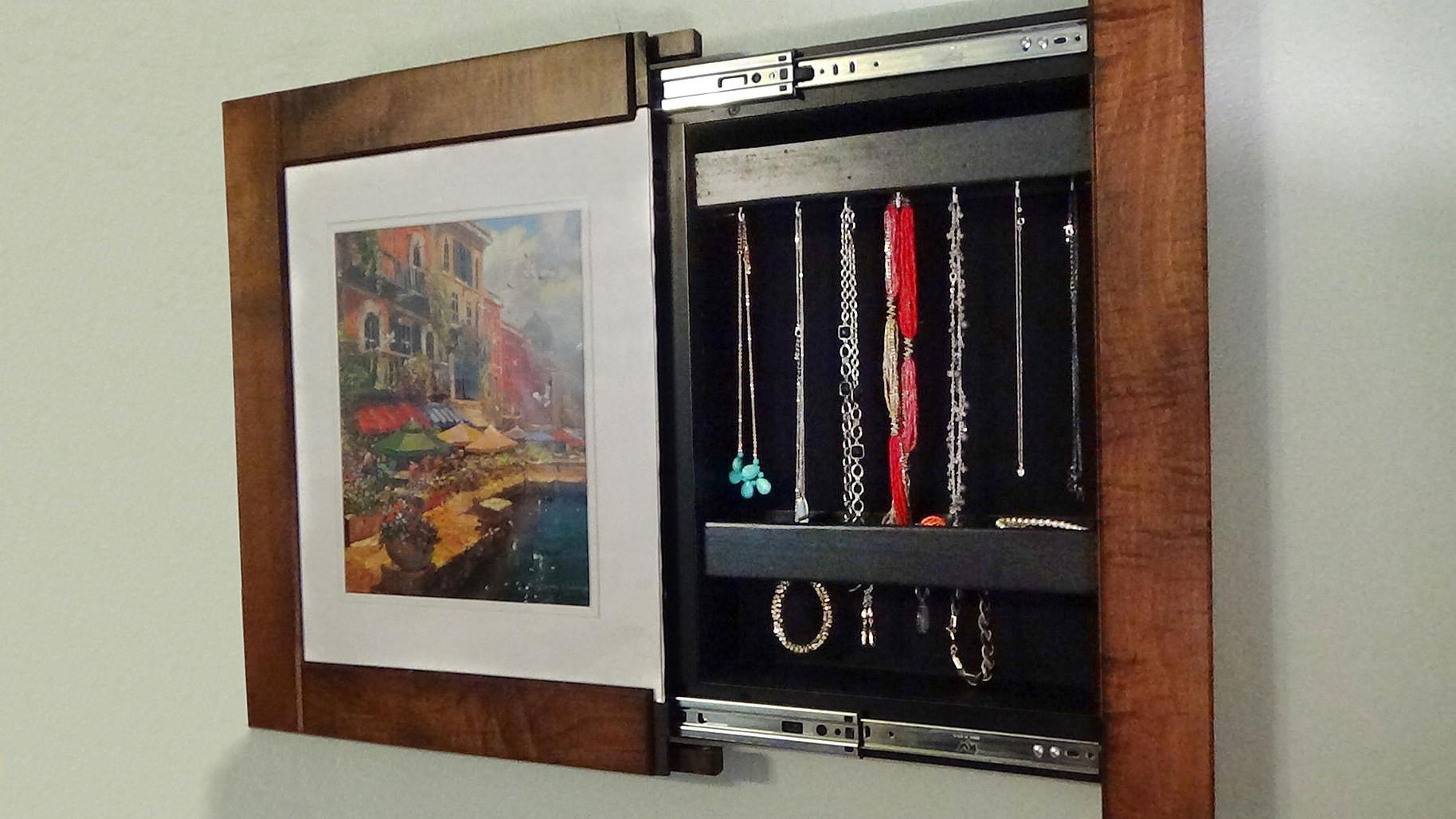 Jewelry-Hooks-Picture-Frame.jpg