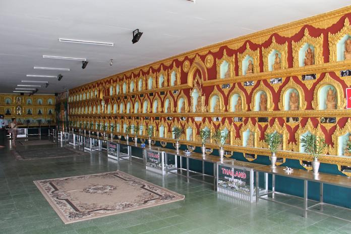 храм в янгоне