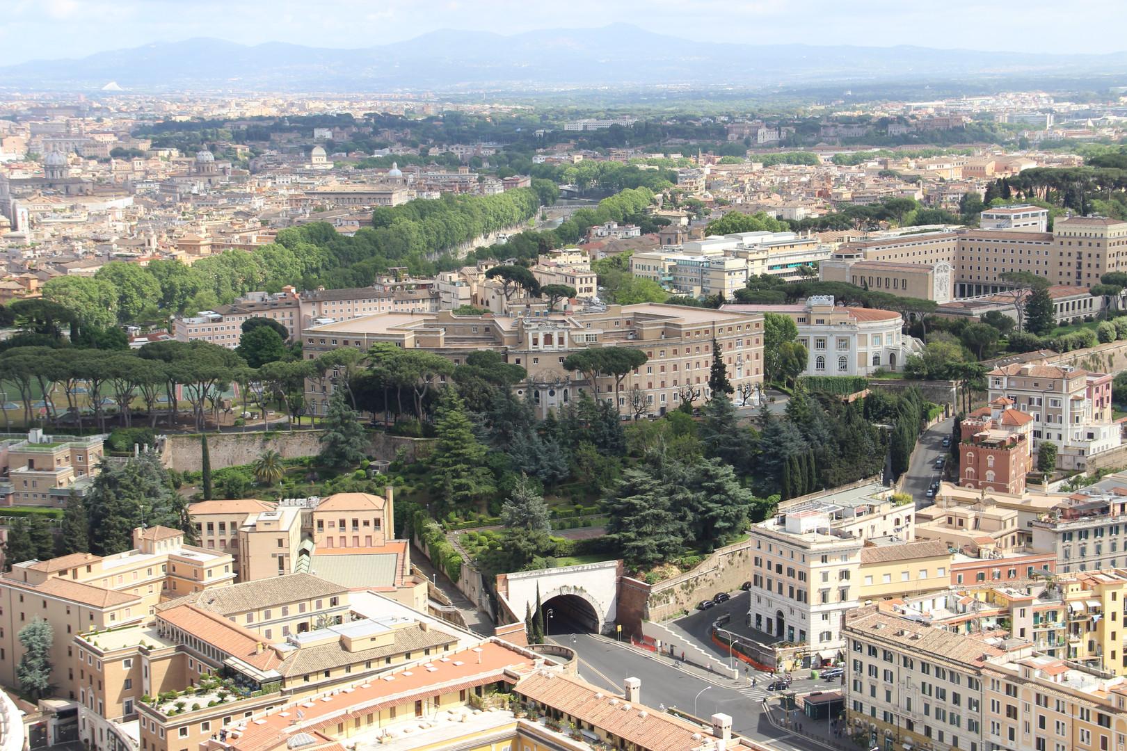 вид с крыши собора св.Петра