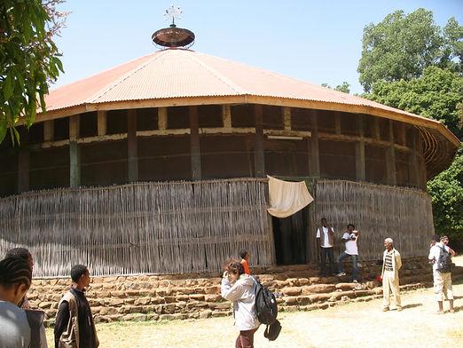 храм 13 века в эфиопии