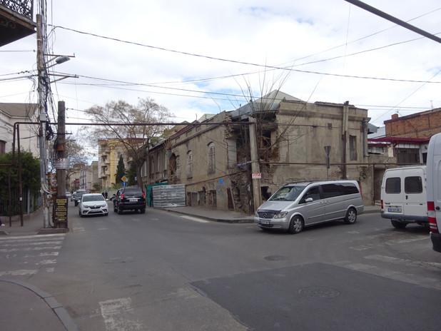 это тоже самый центр столицы Грузии