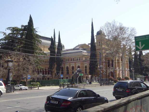 театр на проспекте Руставели
