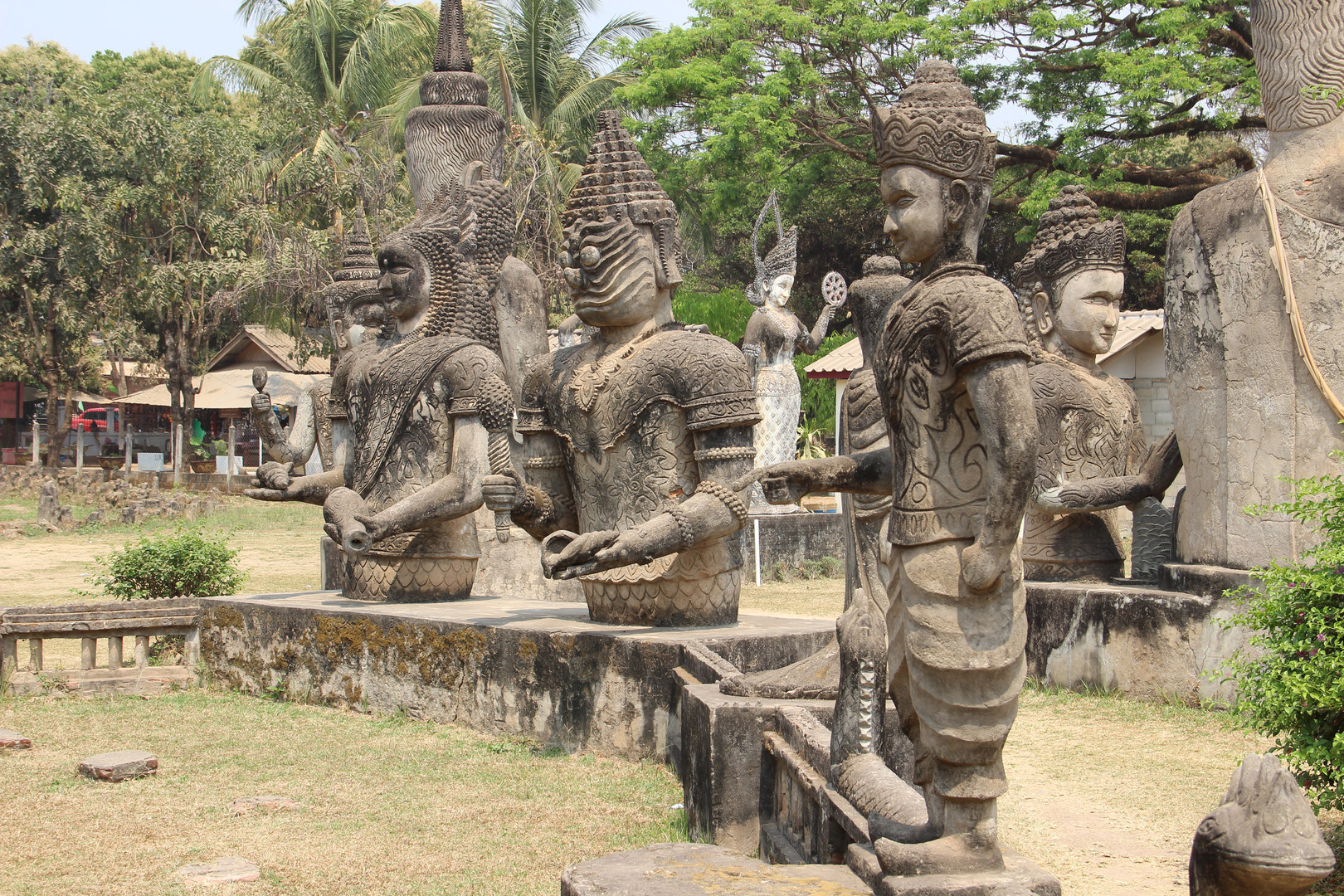 демоны будда-парка