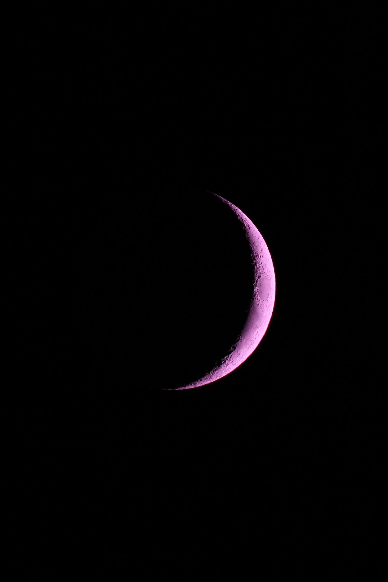Waxing Crescent _Luc DELISLE