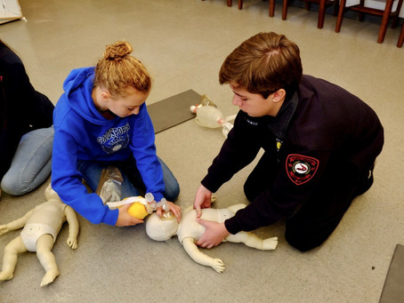 ATLANTIC HIGHLANDS FIRST AID & SAFETY SQUAD CADETS MEMBERS TRAIN TO SAVE LIVES