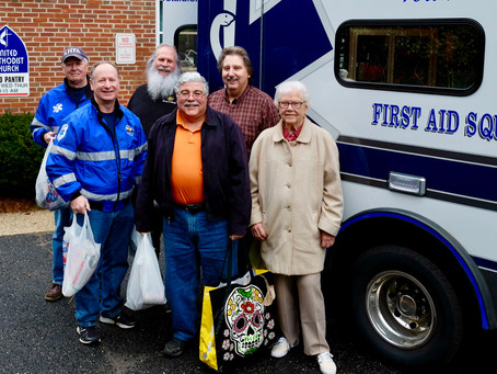 ATLANTIC HIGHLANDS RESIDENTS DONATE FOOD TO SUPPORT THE ATLANTIC HIGHLANDS FIRST AID & SAFETY S