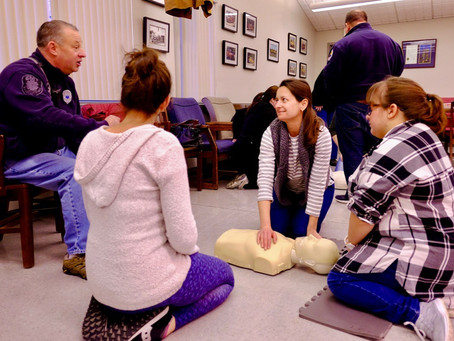 RESIDENTS MAKE THE COMMUNITY STRONGER BY LEARNING CRITICAL CPR SKILLS FROM THE ATLANTIC HIGHLANDS FI