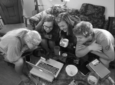 d4d gathered around the computer - Copy.