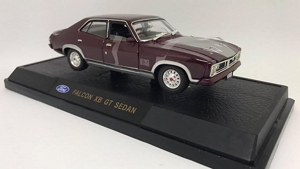 Oz Legends 1 32 Mulberry XB GT Ford Falcon Sedan - CT32849B Diecast Car