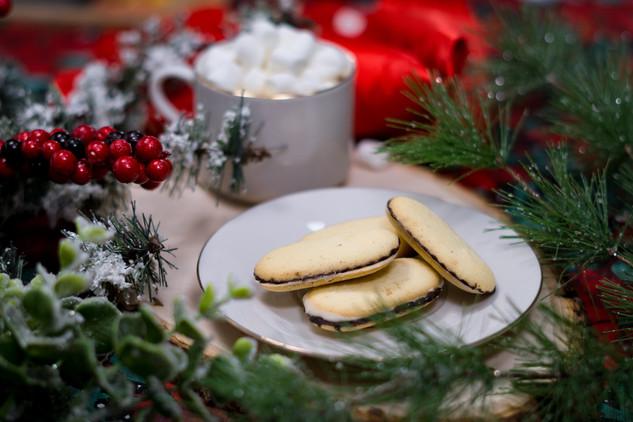 Hot Chocolate & Cookies