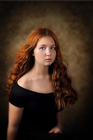 jeune fille rousse, peau de porcelaine