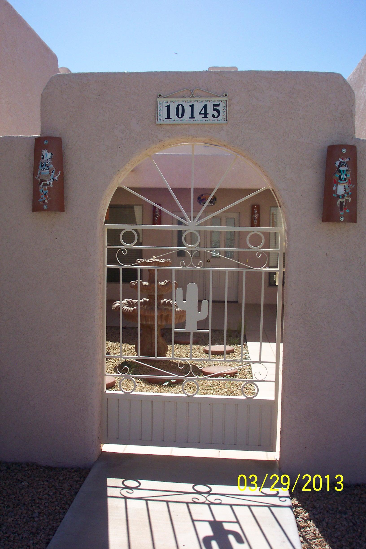 10145 S. Dos Hermanos